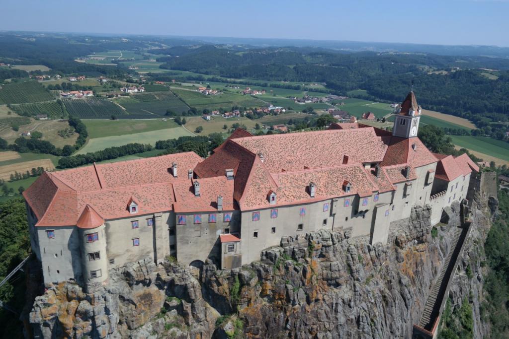 Castle Riegersburg, exhibitions, birds of prey show
